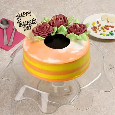 Cream Rose Vanilla Cake