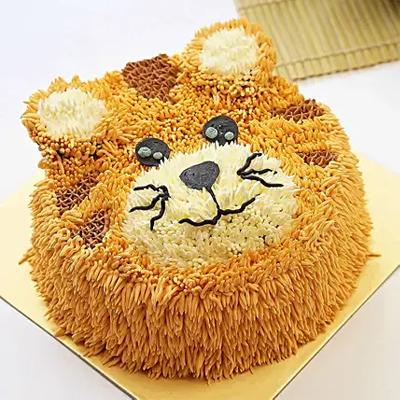 Sweet Tiger Design Cake