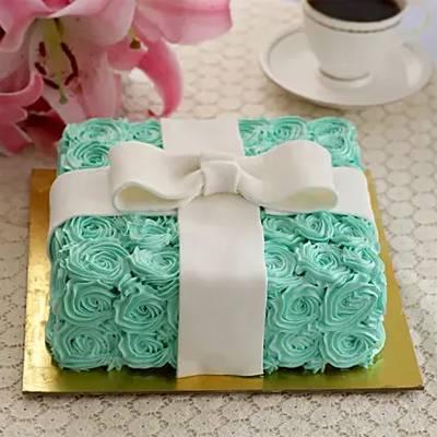 Floral Designer Pineapple Cake- 1 Kg