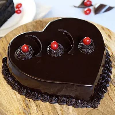 Chocolate Truffle Heart Cake Half Kg