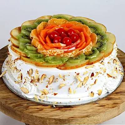 Creamy Vanilla Fruit Cake Half Kg