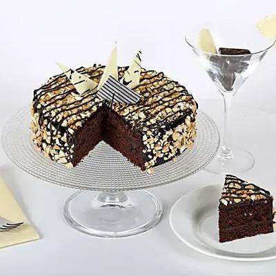 Crunchy Choco Cake Half Kg